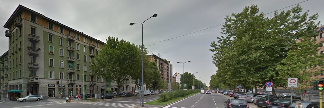 "The same street with the ""real"" colors (from Google StreetMap)"